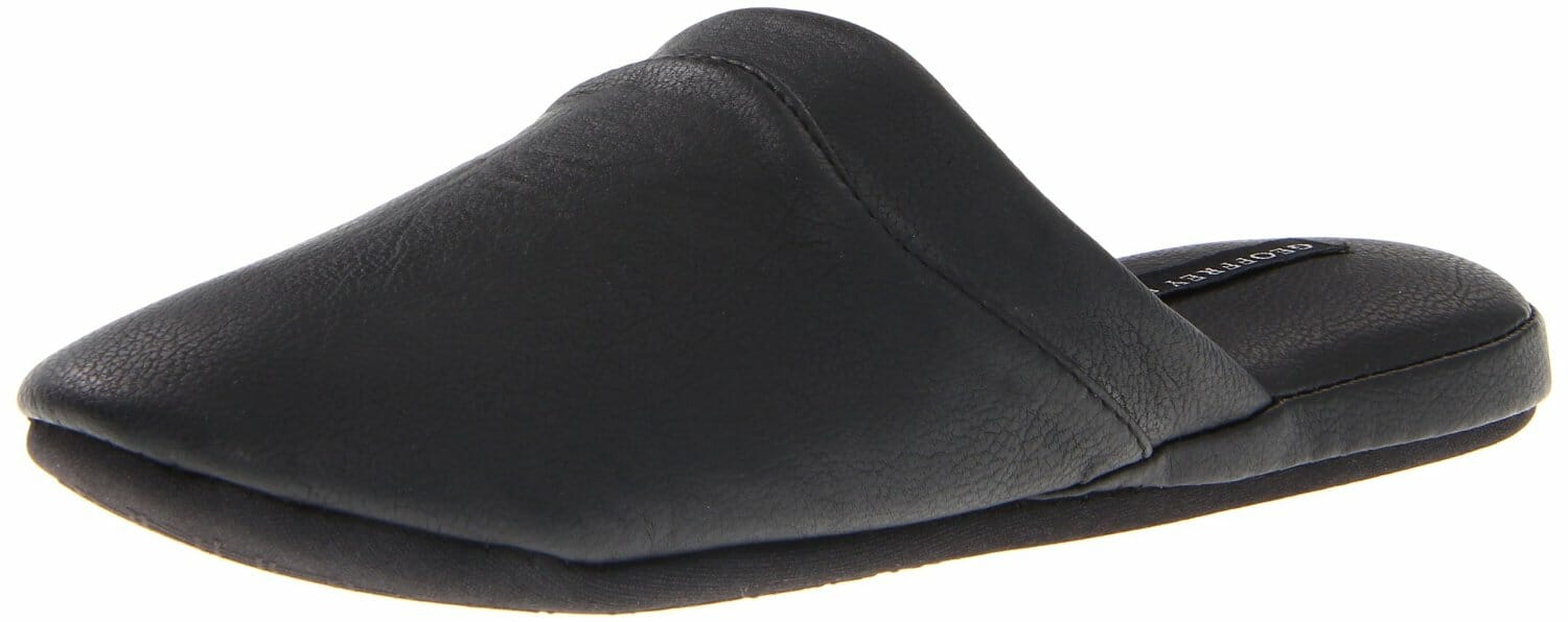 This men s scuff is the ideal summer time lightweight slipper. Warm