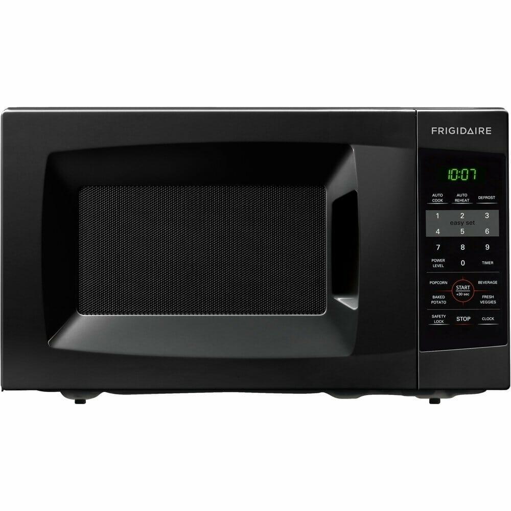 Frigidaire FFCM0724LB 700-watt Countertop Microwave, 0.7 Cubic Feet, Black