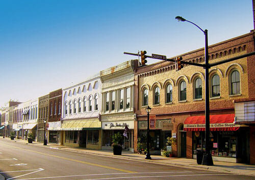 50 best small town downtowns in america kfmu solar for Best small towns in north carolina