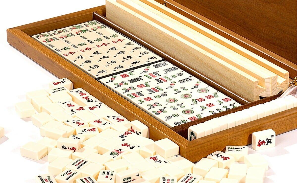 mahjong-card-and-board-games