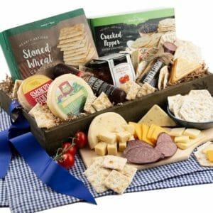 GourmetGiftBaskets.com Top 10 Best Cheese Gifts